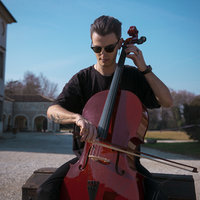 Graduated Italian cellist offers lessons in Basel (in English, Italian or French)