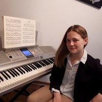 Piano lessons at home or in your place (english and french speaking)