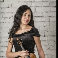 Violinist from Moscow; looking for students in English, Spanish, or Russian (all ages and all levels)